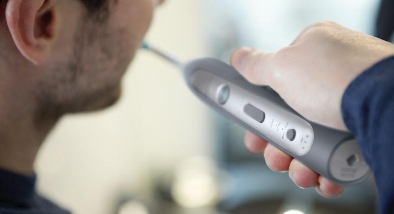 Зубная щетка для зубов с пломбами